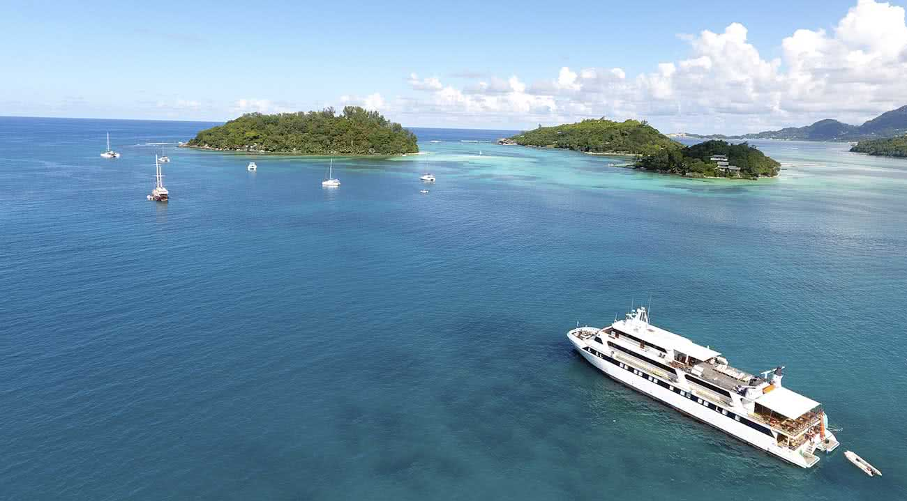 La Experiencia De Conocer Todas Las Islas Seychelles A Bordo