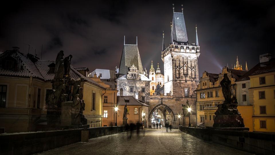 Praga noche