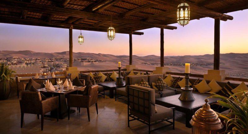 restaurante hotel desierto