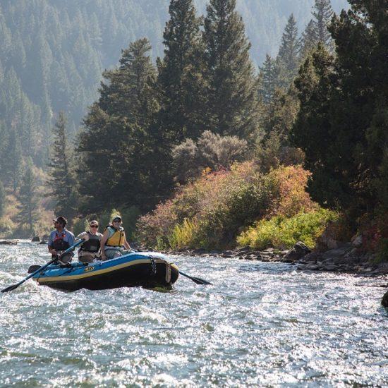 canada rocosas raftin rio