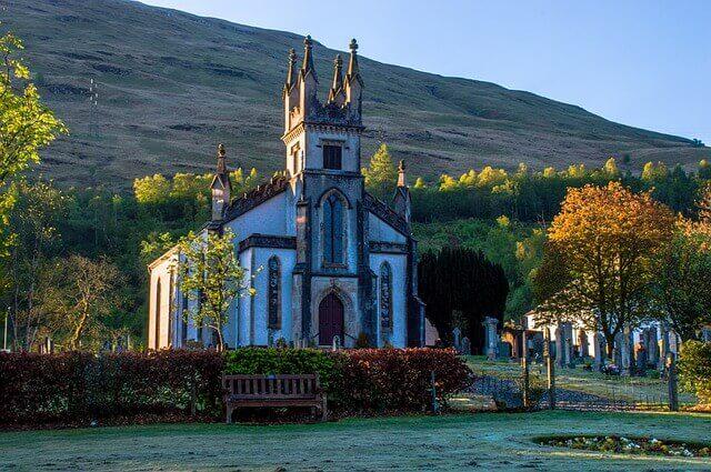 iglesia arrochar loch