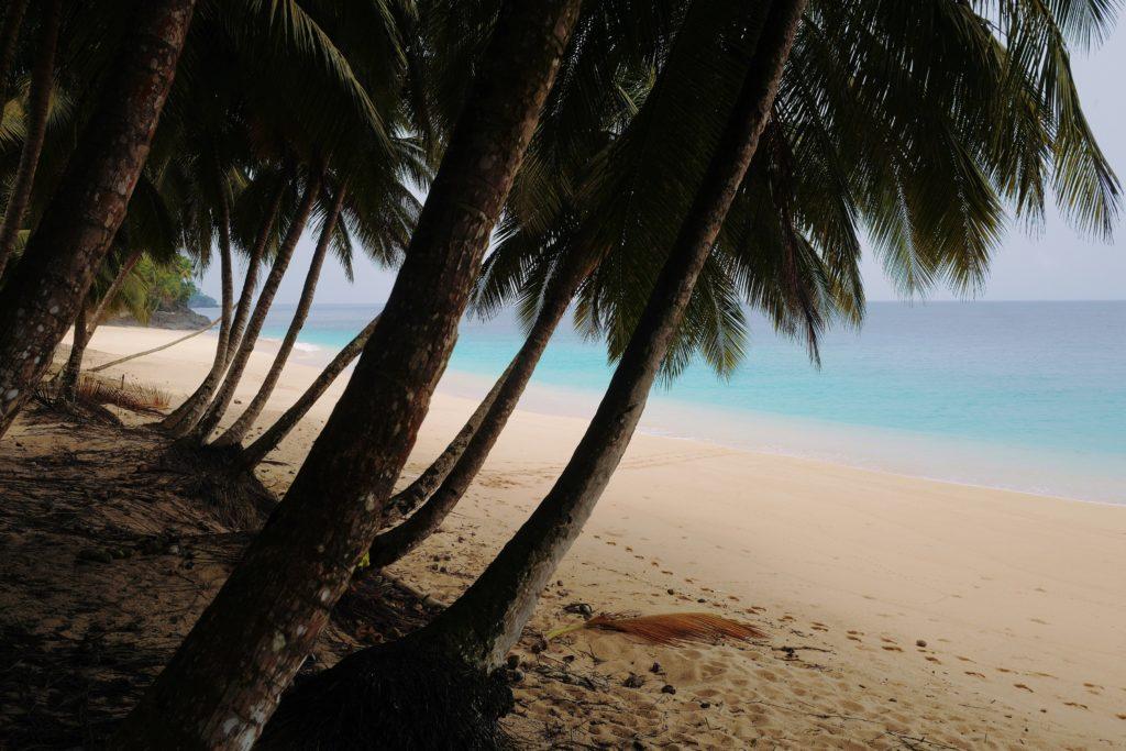 Playa de postal en Isla de Rolas